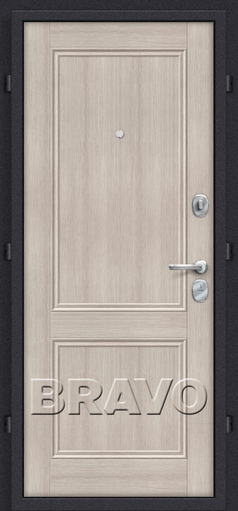 входная дверь цвета капучино